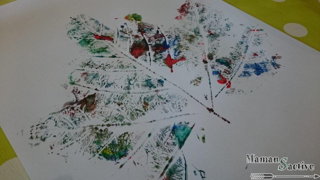 Feuille d'automne à la peinture