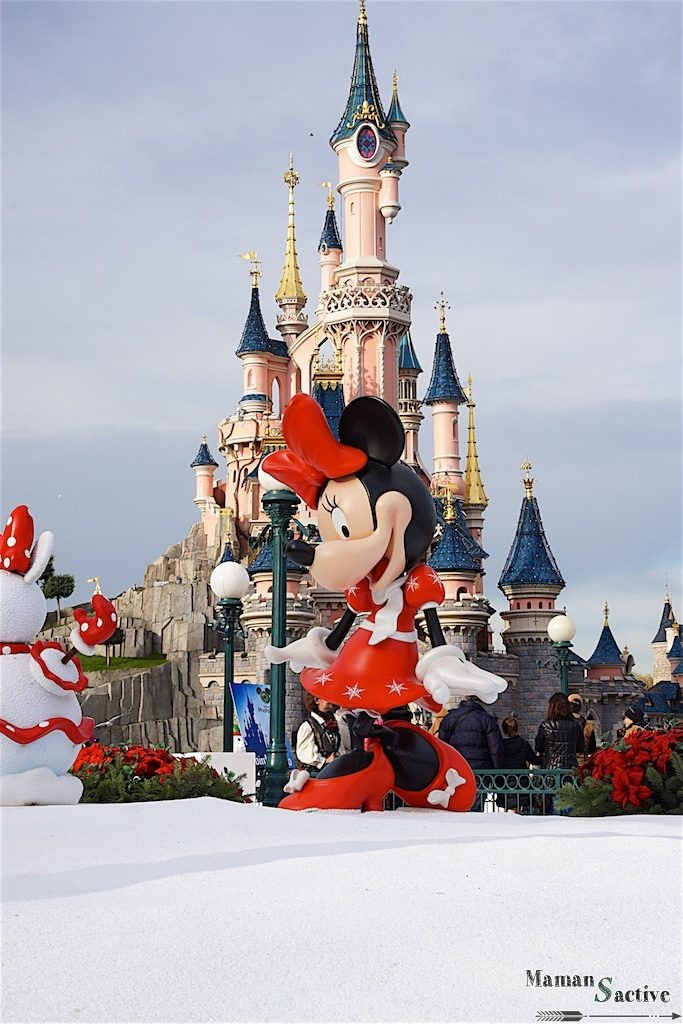 disneyland-paris-noel-minnie