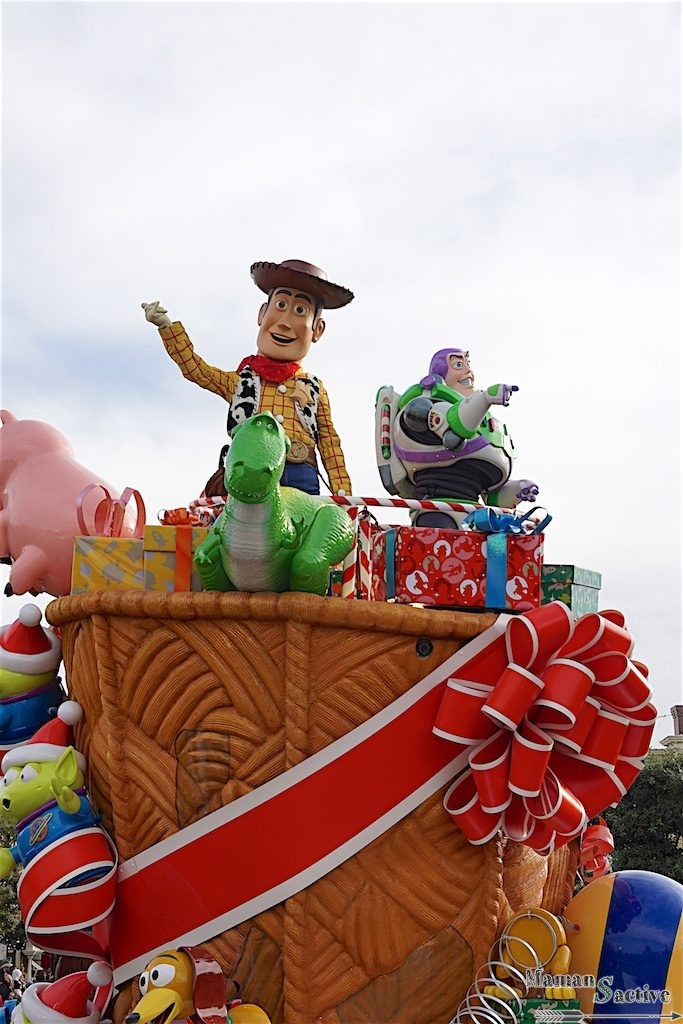 disneyland-paris-noel-parade-7
